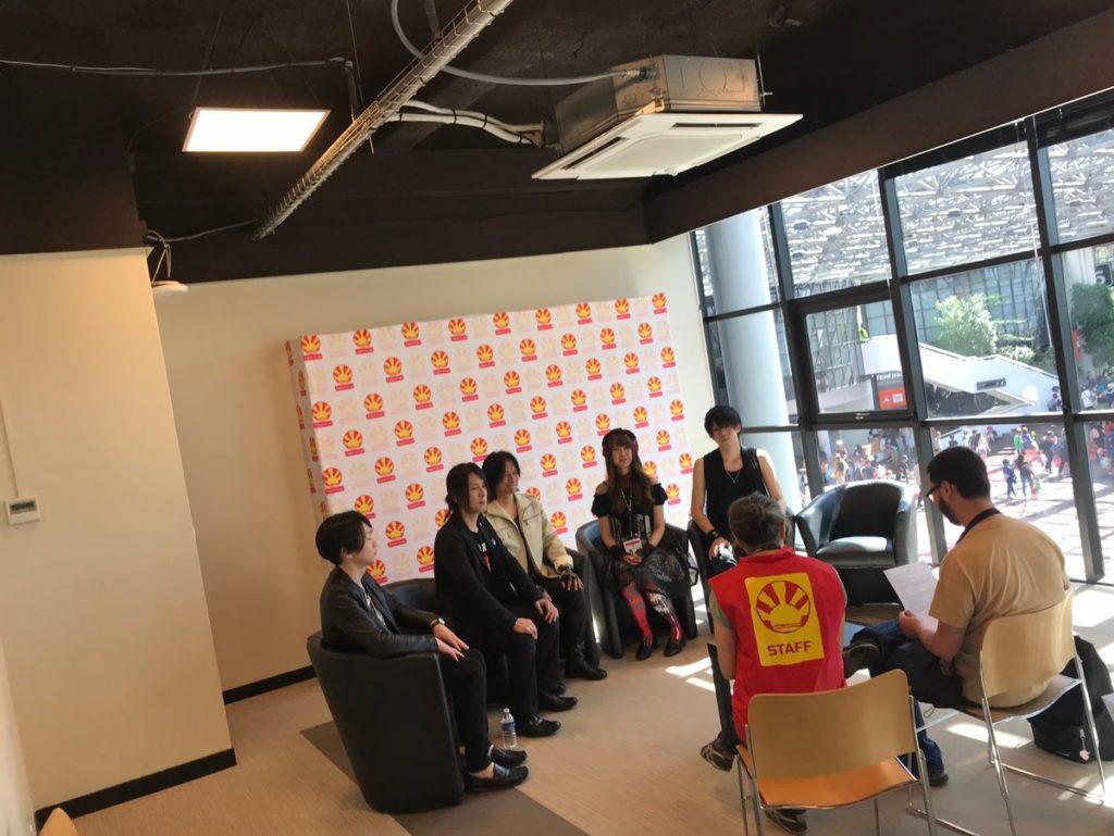 ジャパンエキスポPariでフランス地元メディアからインタビューを受けるIRON ATTCK!